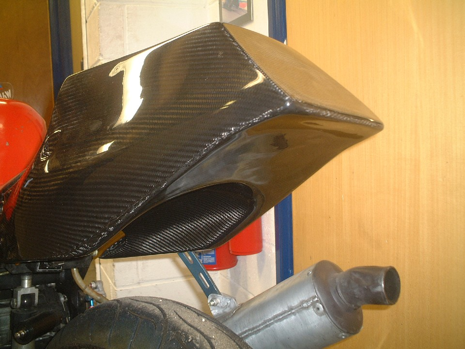Std Carbon with Undertray