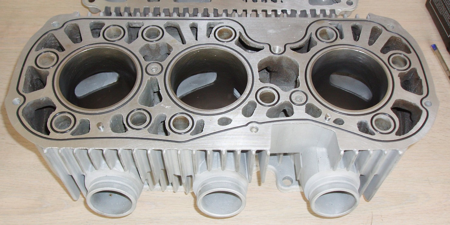 GT Block with O rings Downdraught Inlets
